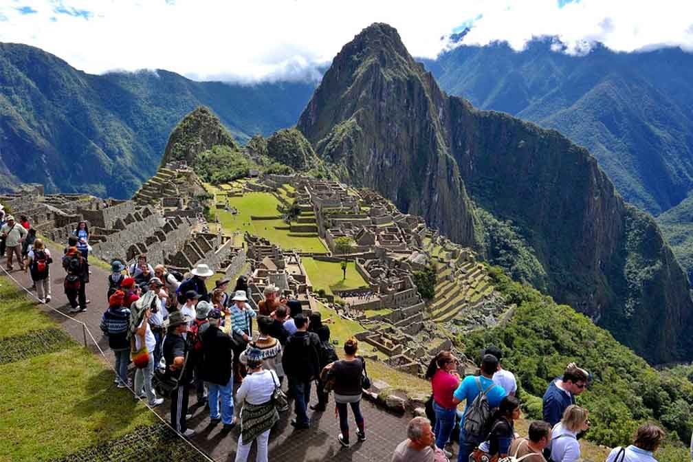 Machu Picchu to Re-Open in November with Restriction on the Number of Visitors.