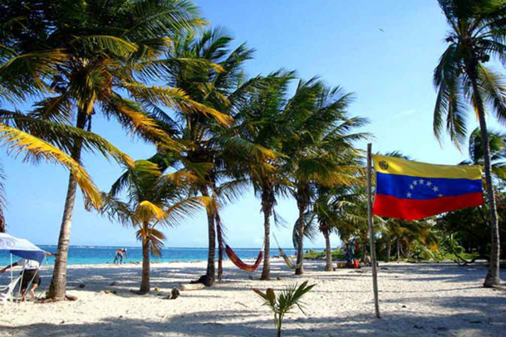 Venezuela: Travel Agencies About to Collapse; Tourism May Open in December