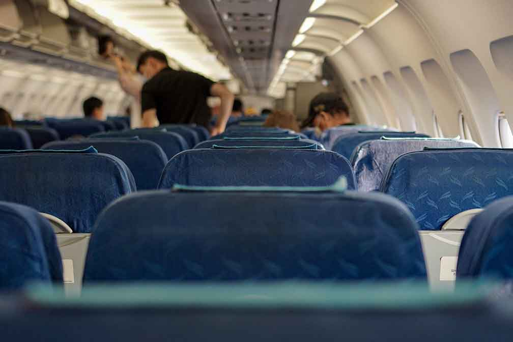 (USA) Travel Industry Questions the CDC's New Middle Seat Safety Report