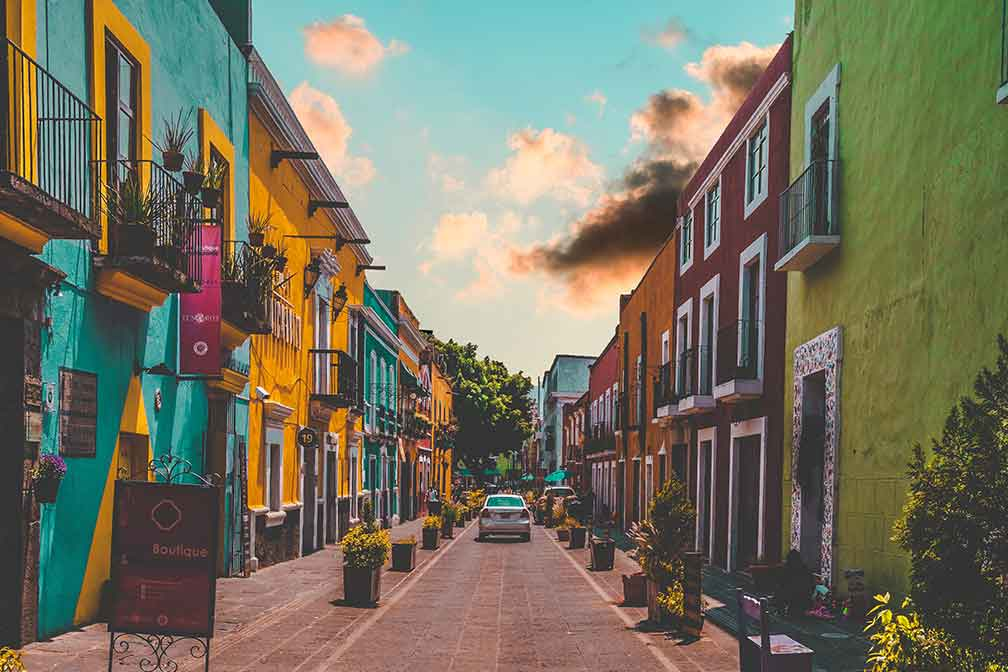 Swoop In for Low Fares from Canada to Mexico