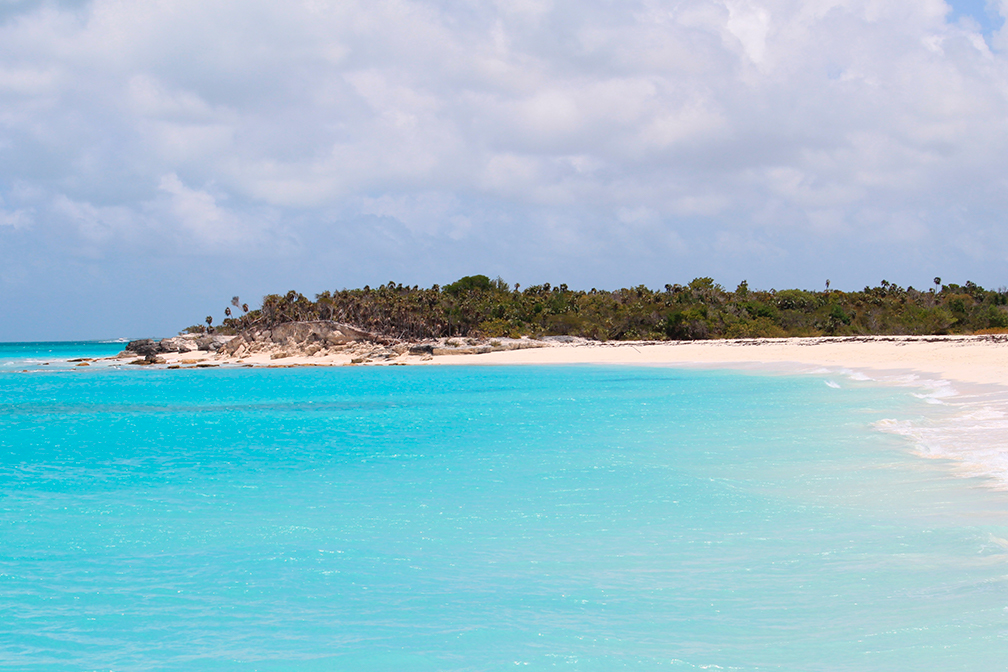 Turks and Caicos Requires Vaccination of All Inbound Travelers 16+