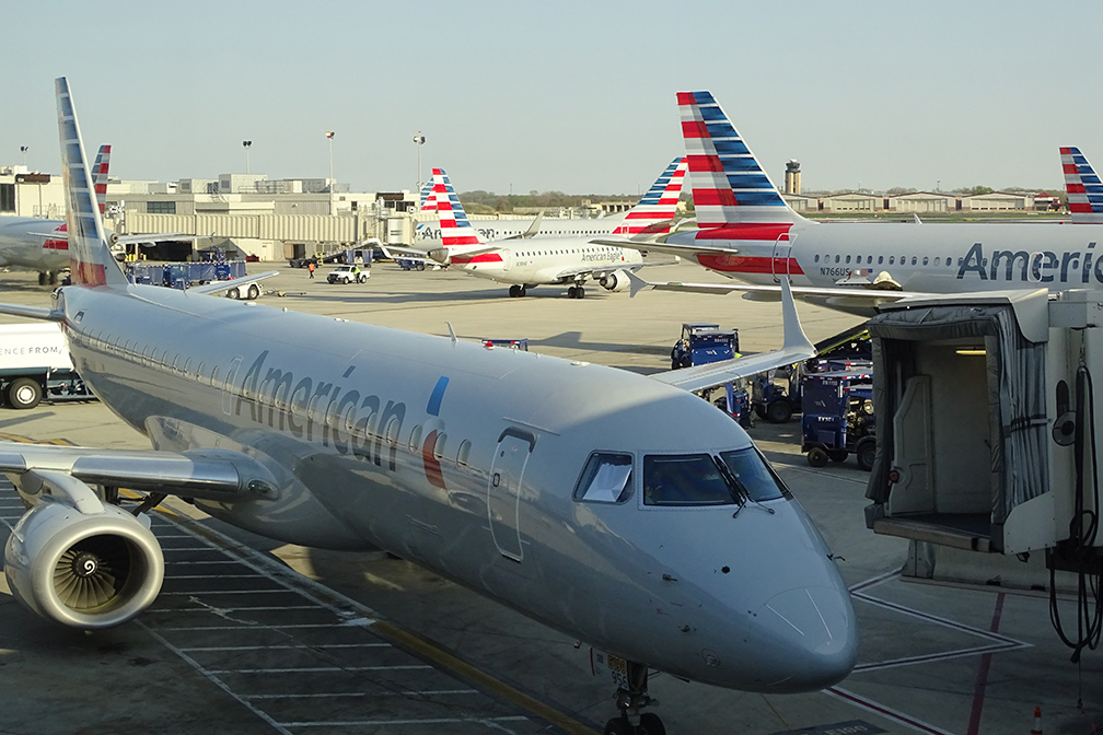 US Airlines Reportedly Back Down On Vaccine Mandate Deadlines